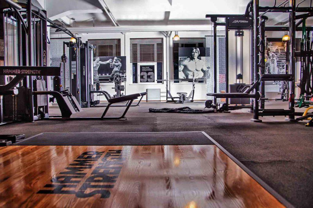 Krafttraining, Fitnessstudio Ludwigsburg, Fitnessclub Ludwigsburg, Fitnesstraining Ludwigsburg, Fitnessgeräte, Milon, Krafttraining, Fitnesskurse, Fitness Ludwigsburg in der Barockstadt